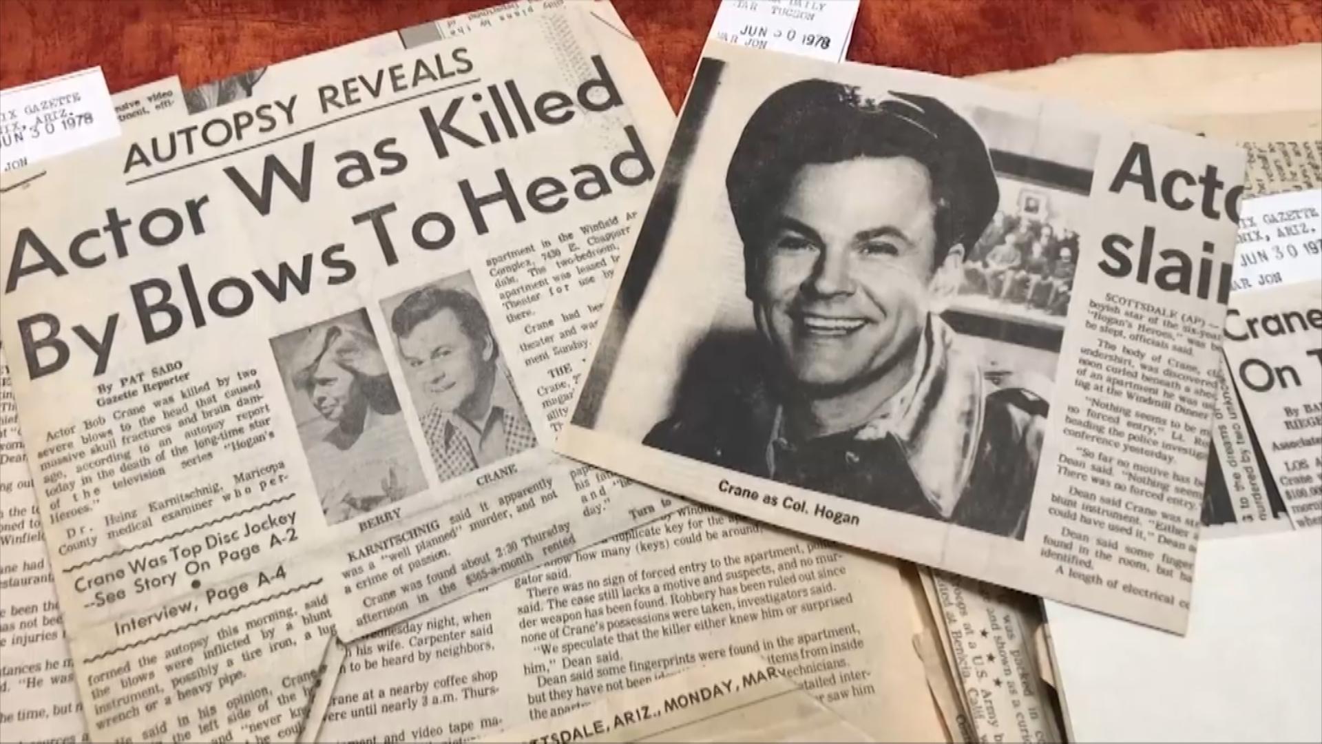 Newspaper clippings of Bob Crane's murder.